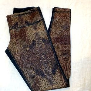 Lululemon wunder Pants Gold Brown Print